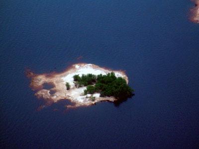 Luftaufnahme einer brasilianischen Insel